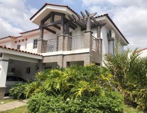 Casa En Alquileren Panama, Versalles, Panama, PA RAH: 19-1825