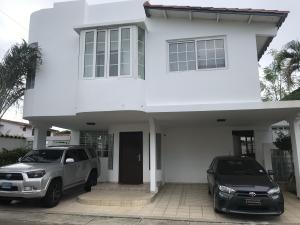 Casa En Alquileren Panama, Altos De Panama, Panama, PA RAH: 19-1933