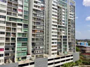 Apartamento En Alquileren Panama, Transistmica, Panama, PA RAH: 19-1995