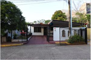 Casa En Ventaen Panama, Altos Del Chase, Panama, PA RAH: 19-1998