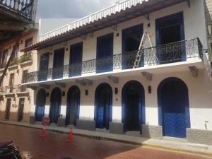 Local Comercial En Alquileren Panama, Casco Antiguo, Panama, PA RAH: 19-2011
