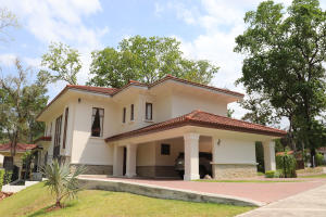 Casa En Ventaen Panama, Clayton, Panama, PA RAH: 19-2235