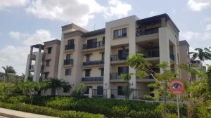 Apartamento En Alquileren Panama, Panama Pacifico, Panama, PA RAH: 19-2412