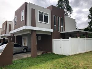 Casa En Ventaen San Miguelito, Brisas Del Golf, Panama, PA RAH: 19-2425