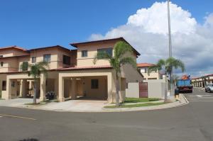Casa En Alquileren Panama, Panama Pacifico, Panama, PA RAH: 18-7132