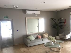 Apartamento En Alquileren Panama, Condado Del Rey, Panama, PA RAH: 19-2754