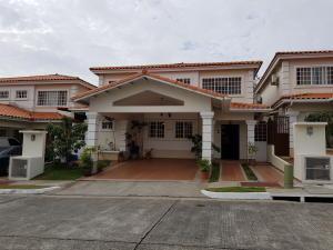 Casa En Ventaen Panama, Brisas Del Golf, Panama, PA RAH: 19-2857