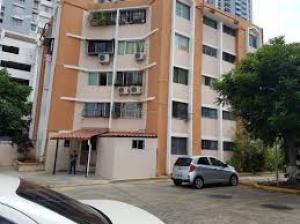 Apartamento En Alquileren Panama, Carrasquilla, Panama, PA RAH: 19-2995