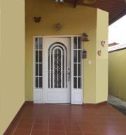 Casa En Ventaen Panama, Brisas Del Golf, Panama, PA RAH: 19-3038