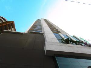Apartamento En Ventaen Panama, El Cangrejo, Panama, PA RAH: 19-3107