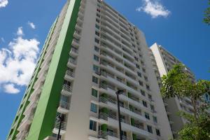 Apartamento En Ventaen Panama, Condado Del Rey, Panama, PA RAH: 19-3352