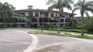 Apartamento En Alquileren Panama, Clayton, Panama, PA RAH: 19-3354