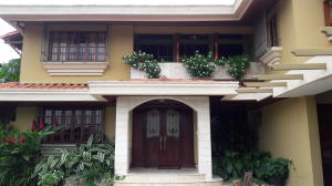 Casa En Ventaen Panama, La Alameda, Panama, PA RAH: 19-3368