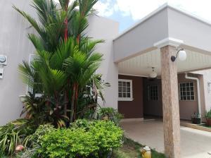 Casa En Ventaen Panama, Las Acacias, Panama, PA RAH: 19-3389