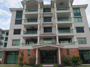 Apartamento En Alquileren Panama, Costa Sur, Panama, PA RAH: 19-3463