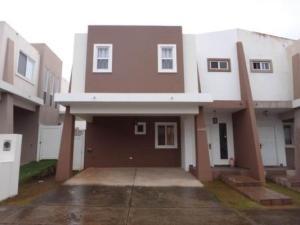 Casa En Alquileren Panama, Brisas Del Golf, Panama, PA RAH: 19-3473
