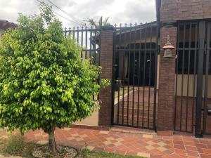 Casa En Ventaen Panama, Brisas Del Golf, Panama, PA RAH: 19-3497