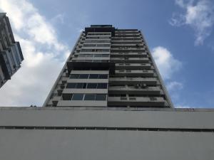 Apartamento En Ventaen Panama, Paitilla, Panama, PA RAH: 19-3501