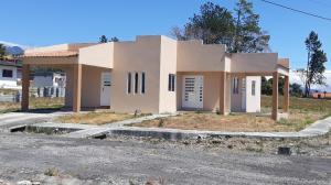 Townhouse En Ventaen Boquete, Alto Boquete, Panama, PA RAH: 19-3679
