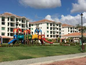 Apartamento En Alquileren Panama, Costa Sur, Panama, PA RAH: 19-3900