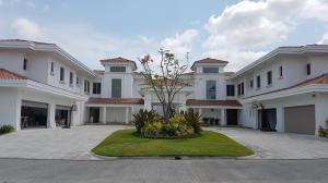 Casa En Ventaen Panama, Santa Maria, Panama, PA RAH: 19-3909
