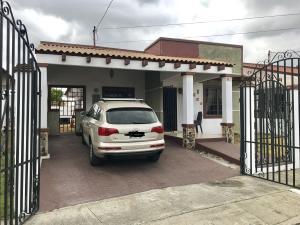 Casa En Ventaen Panama, Las Cumbres, Panama, PA RAH: 19-3913
