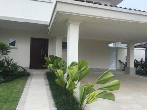 Casa En Alquileren Panama, Santa Maria, Panama, PA RAH: 19-3945