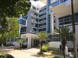 Apartamento En Alquileren Panama, Amador, Panama, PA RAH: 19-3976