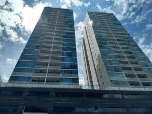Apartamento En Alquileren Panama, Paitilla, Panama, PA RAH: 19-4216