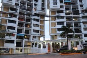 Apartamento En Alquileren Panama, Hato Pintado, Panama, PA RAH: 19-4246