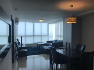 Apartamento En Alquileren Panama, Avenida Balboa, Panama, PA RAH: 19-4251