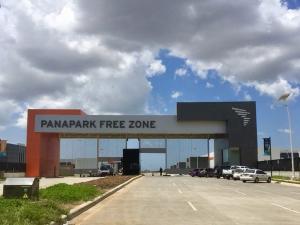 Galera En Ventaen Panama, Tocumen, Panama, PA RAH: 19-4309