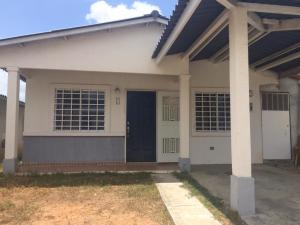 Casa En Alquileren Panama, 24 De Diciembre, Panama, PA RAH: 19-4311