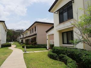 Casa En Alquileren Panama, Panama Pacifico, Panama, PA RAH: 19-4313