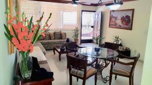 Apartamento En Ventaen Panama, San Francisco, Panama, PA RAH: 19-4334