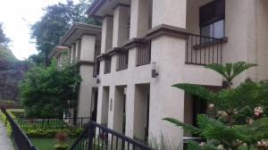 Townhouse En Ventaen Panama, Clayton, Panama, PA RAH: 19-4391