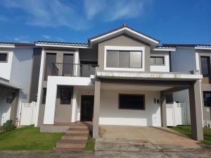 Casa En Alquileren Panama, Brisas Del Golf, Panama, PA RAH: 19-4461