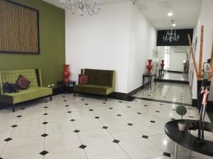 Apartamento En Alquileren Panama, San Francisco, Panama, PA RAH: 19-4476