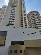 Apartamento En Ventaen Panama, Paitilla, Panama, PA RAH: 19-4501
