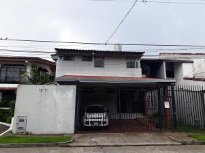 Casa En Ventaen Panama, La Alameda, Panama, PA RAH: 19-4514