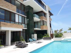 Apartamento En Ventaen Panama, Punta Pacifica, Panama, PA RAH: 19-4675