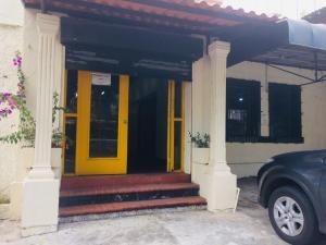 Local Comercial En Alquileren Panama, Bellavista, Panama, PA RAH: 19-4680