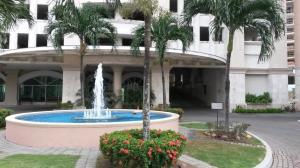 Apartamento En Ventaen Panama, Punta Pacifica, Panama, PA RAH: 19-4701