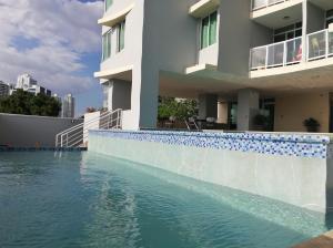 Apartamento En Alquileren Panama, El Cangrejo, Panama, PA RAH: 19-4726