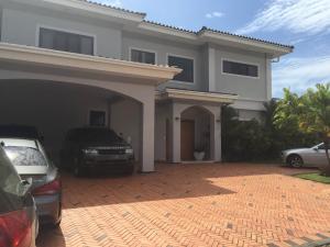 Casa En Alquileren Panama, Costa Del Este, Panama, PA RAH: 19-4734
