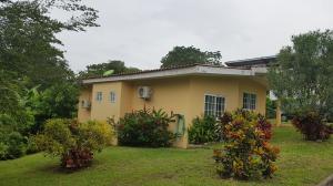 Casa En Ventaen Cocle, Cocle, Panama, PA RAH: 19-5028