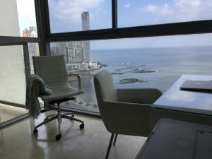 Apartamento En Alquileren Panama, Avenida Balboa, Panama, PA RAH: 19-4984