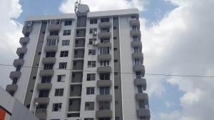 Apartamento En Alquileren Panama, 12 De Octubre, Panama, PA RAH: 19-5041