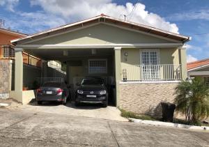 Casa En Alquileren Panama, Villa Zaita, Panama, PA RAH: 19-5056