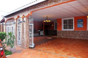 Casa En Ventaen Panama, Brisas Del Golf, Panama, PA RAH: 19-5105